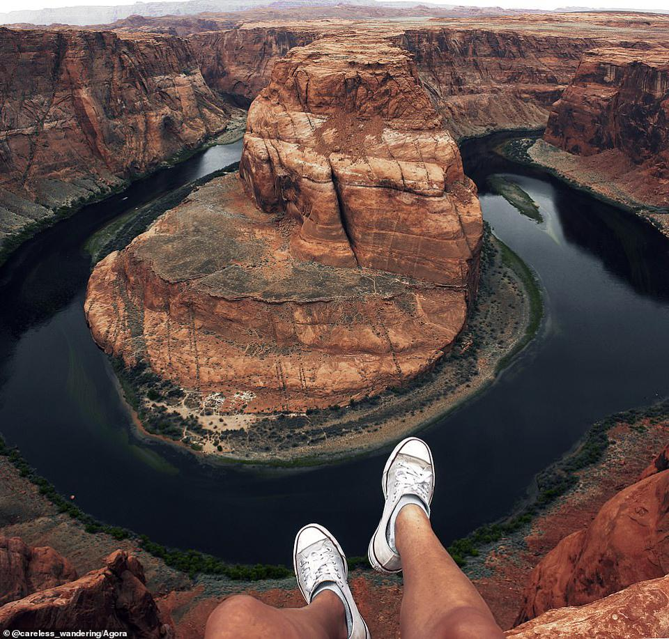 A view from a mountain at Horseshoe Bend, USA