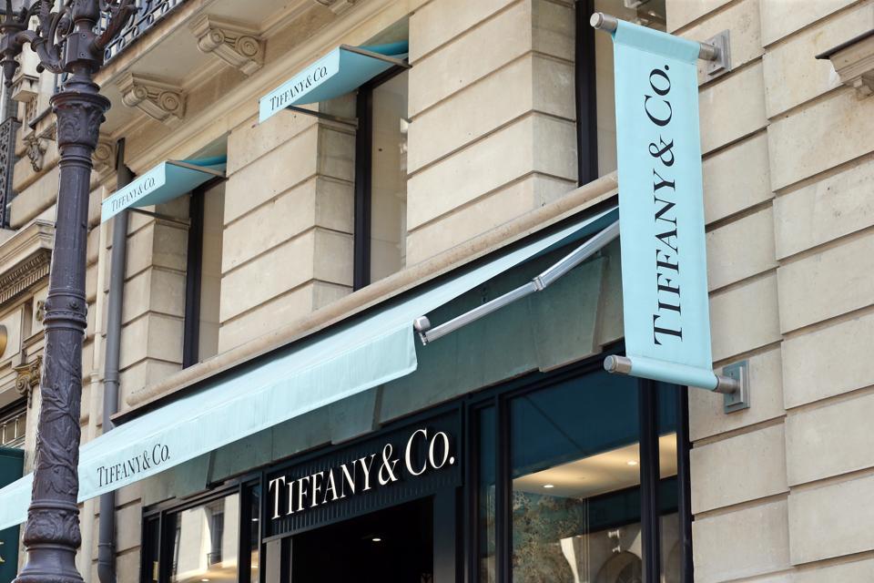 View Of Tiffany & Co At Rue La Paix In Paris