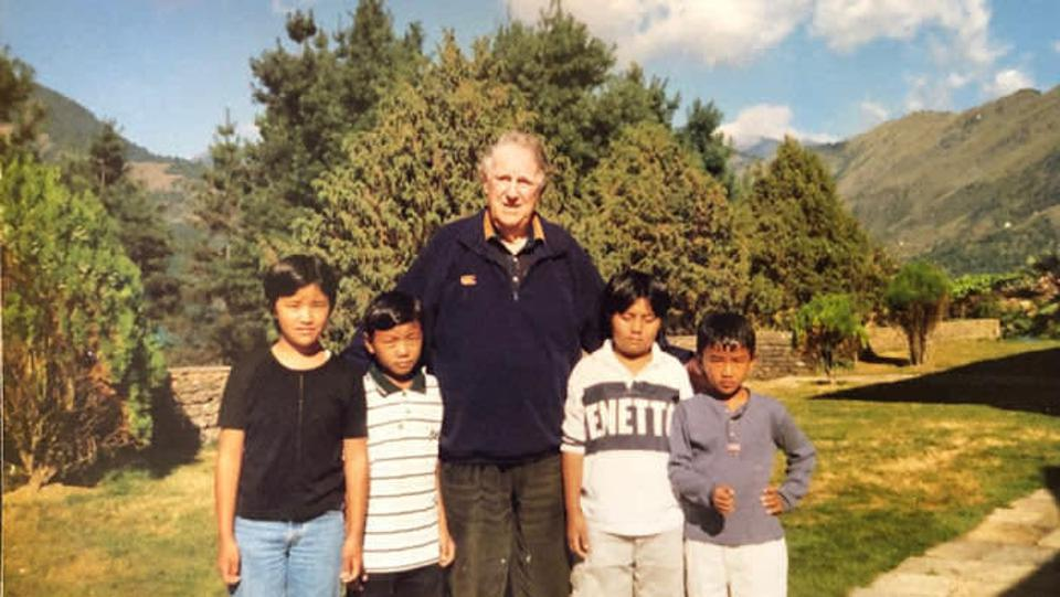Sir Edmund Hillary with Ang Tshering and family at the Happy House in the 1990s