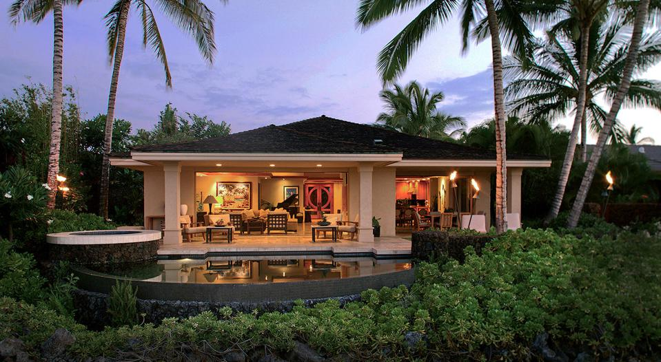This fully furnished 3,297-square-foot home at Hualālai Resort in Hawaii offers three bedrooms, three-and-a-half bathrooms and overlooks the 9th fairway of the stunning Hualālai Golf Course.