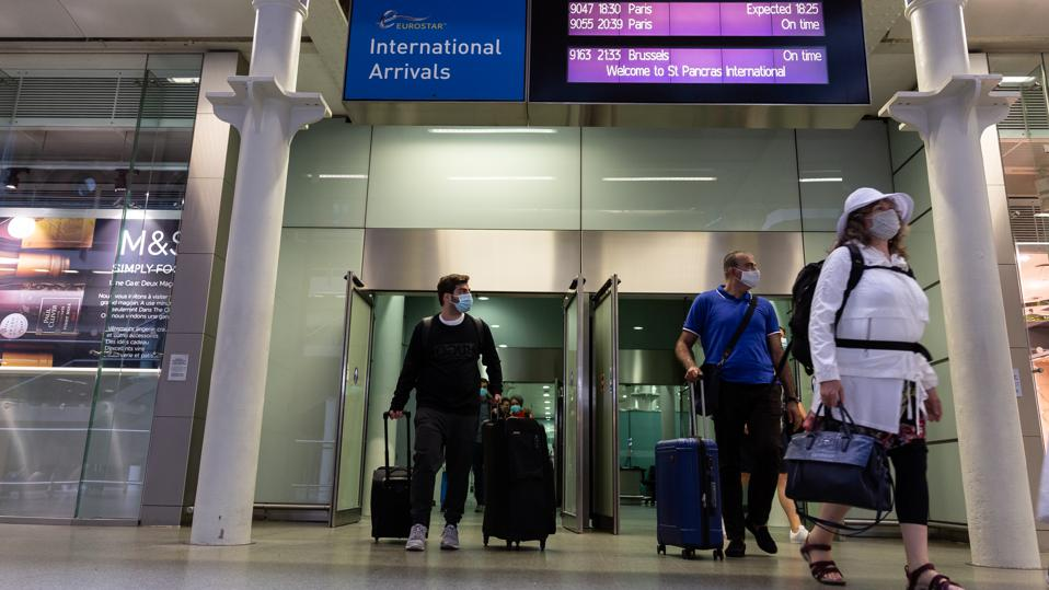 Travelers arriving in the UK from France face quarantine  now also in many EU countries
