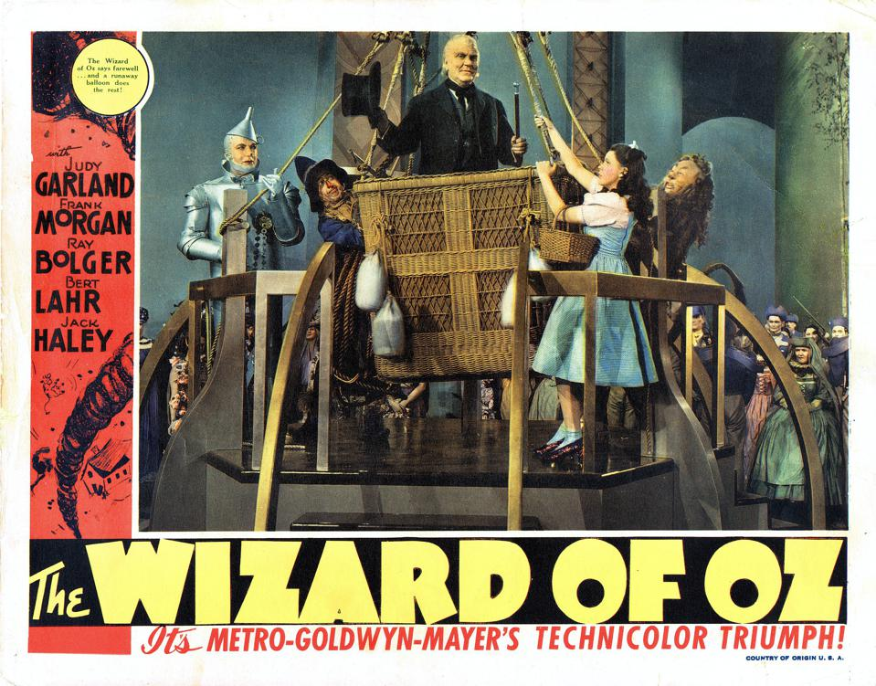 The Wizard Of Oz, lobbycard, from left: Jack Haley, Ray Bolger, Frank Morgan, Judy Garland, Bert Lahr on 1949. (Photo by LMPC via Getty Images)