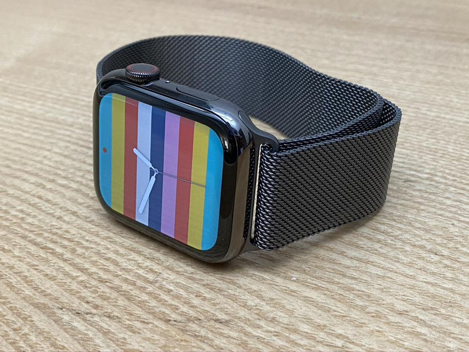 Stripes face on Apple Watch Series 6.