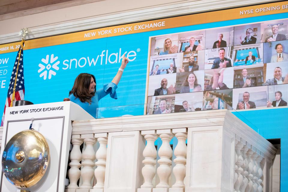 CEO Frank Slootman and the Snowflake team virtually rang the opening bell at NYSE.