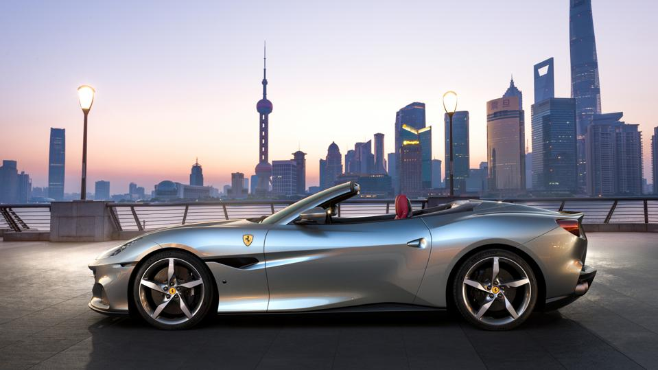 Ferrari S New Portofino Has More Power 8 Speed Gearbox And Costs 4 More
