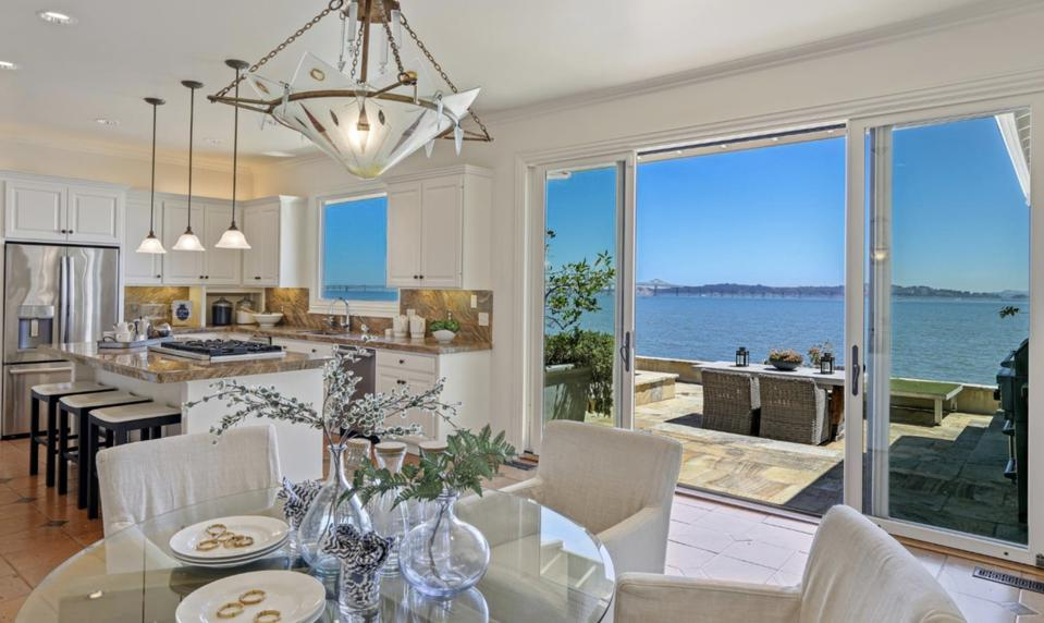 Robin Williams, San Francisco, Tiburon, celebrity real estate, Bay Views, waterfront property, Spanish Mission Style