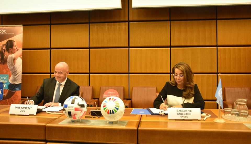 New partnership of UNODC and FIFA to jointly tackle corruption and crime in soccer