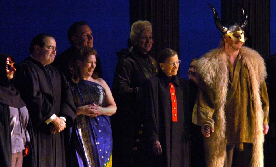 slug: ST/gala date: 3/19/06 photographer: Katherine Frey/The Washington Post neg.#: freyk 178519 Ken