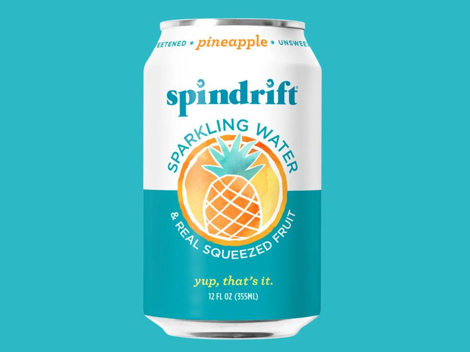 Spindrift Pineapple Sprakling Water 15 calories real fruit