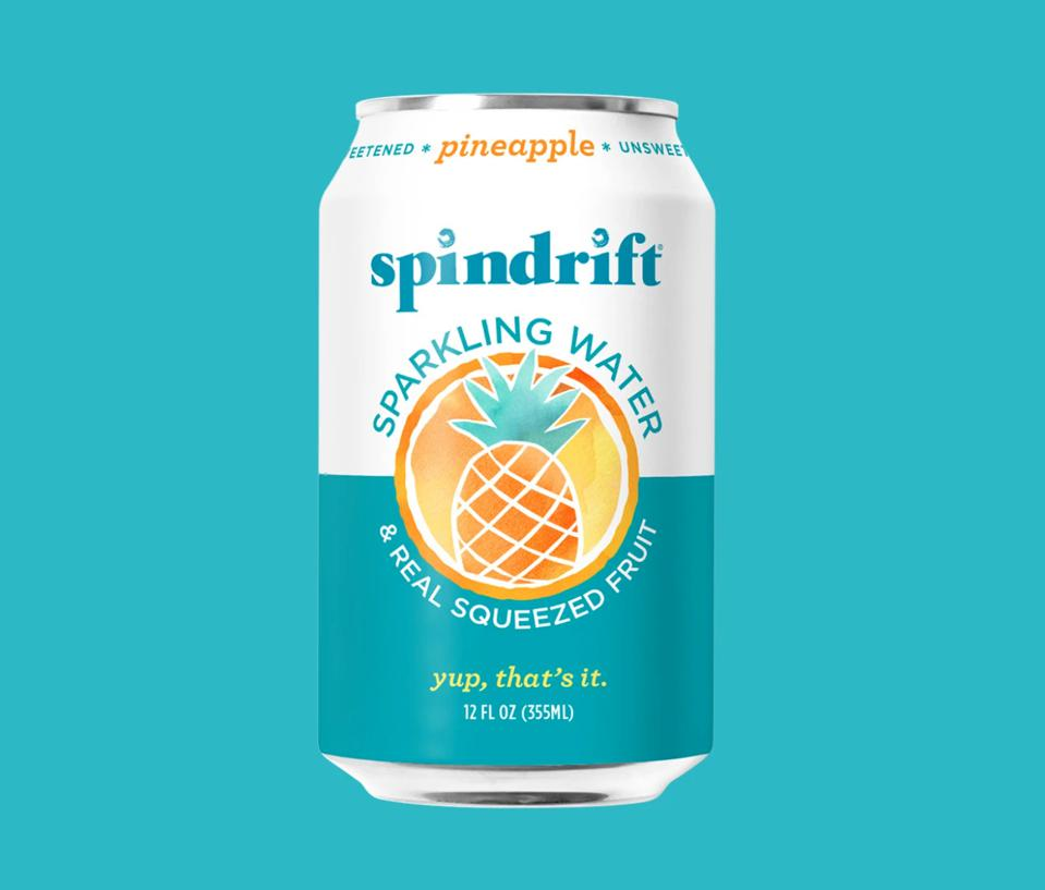 Spindrift Pineapple Sprakling Water 15 calories real fruit