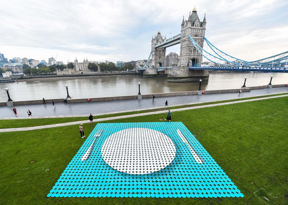 The Empty Plates Installation on London's Southbank from Heinz and Magic Breakfast to publicise child hunger