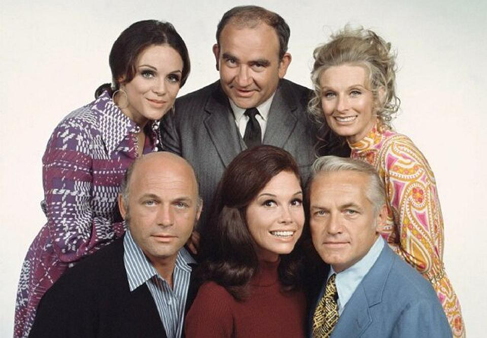 Mary Tyler Moore morphed from a modern mother on ″The Dick Van Dyke Show″ to a single and independent career woman on ″The Mary Tyler Moore Show.″
