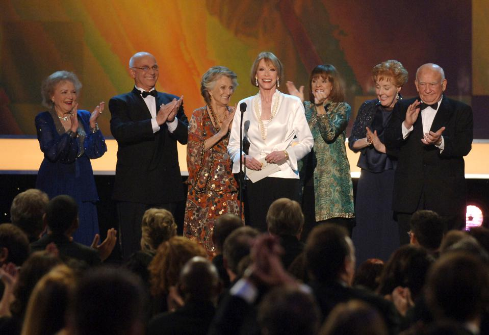 TNT/TBS Broadcasts 13th Annual Screen Actors Guild Awards - Show