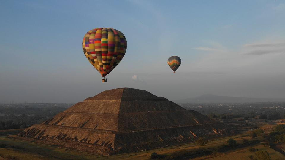 hot air ballooning in Mexico City