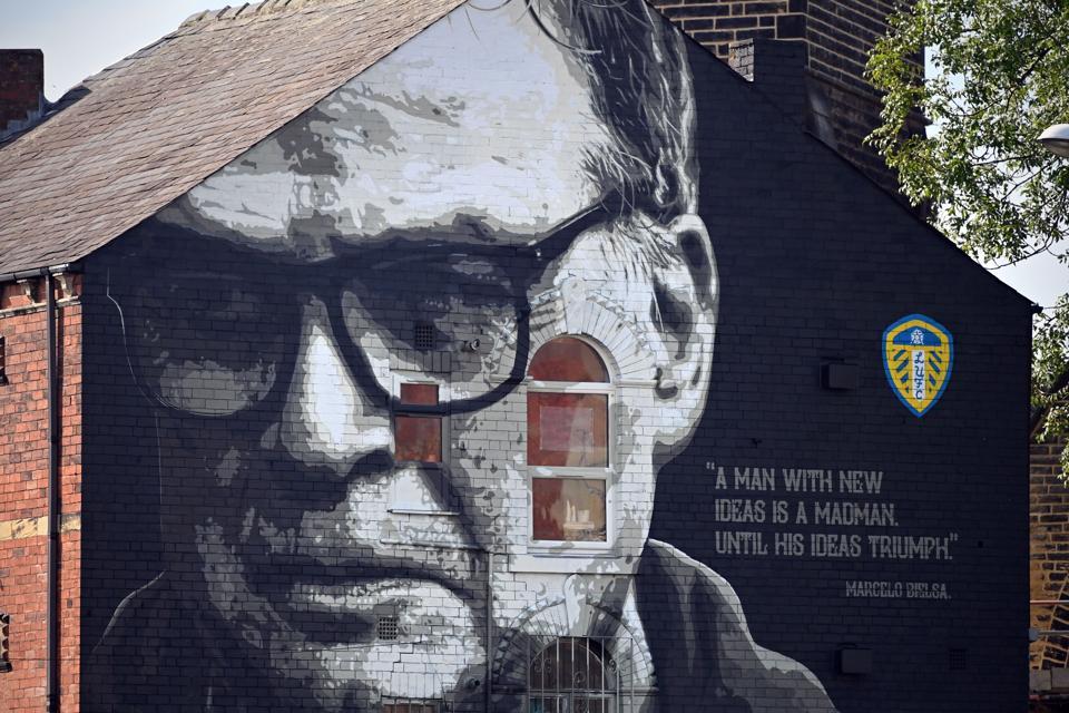 Marcelo Bielsa mural