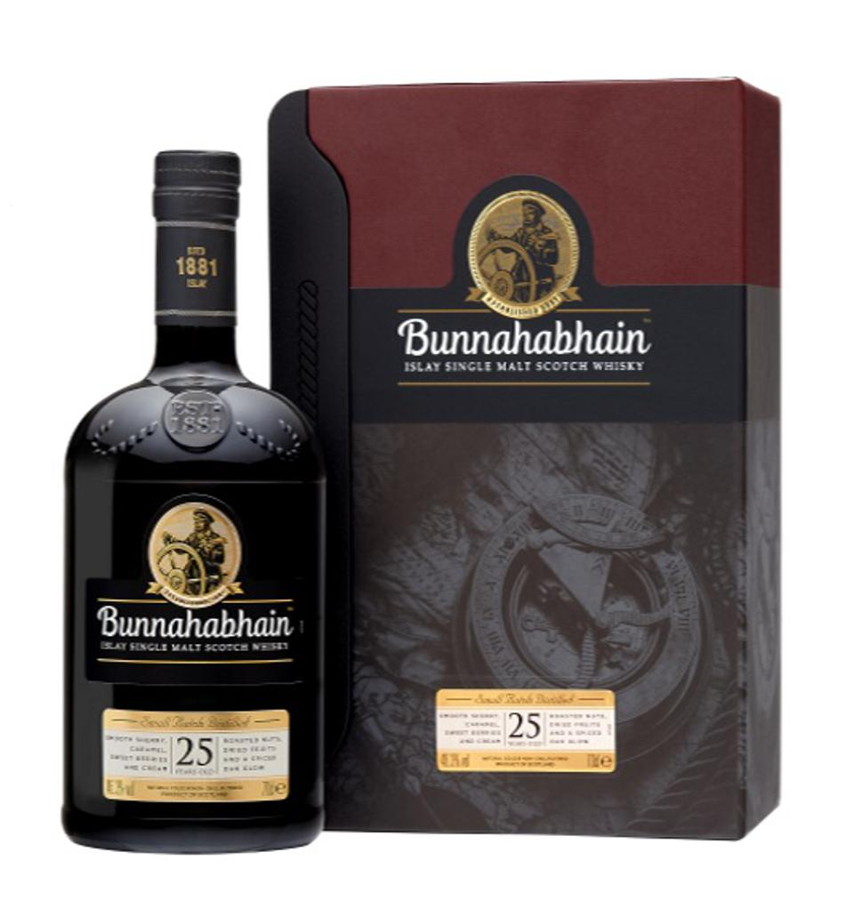 The Bunnahabhain 25 YO was among the top rated whiskies at the IWSC 2020 judging