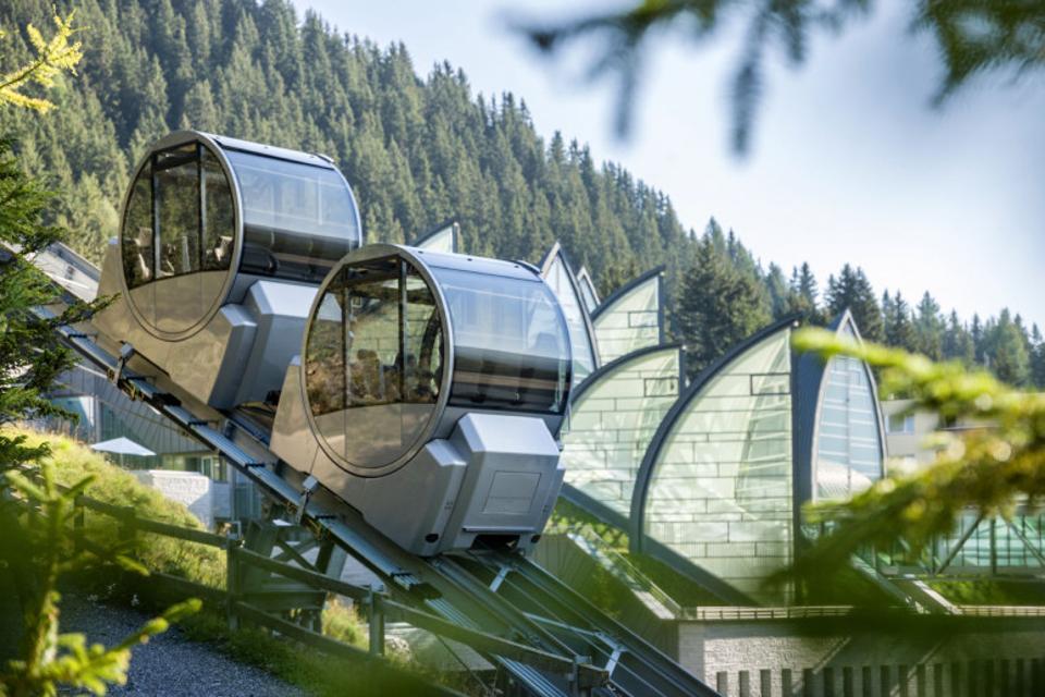 Tschuggen Grand Hotel Cable Car