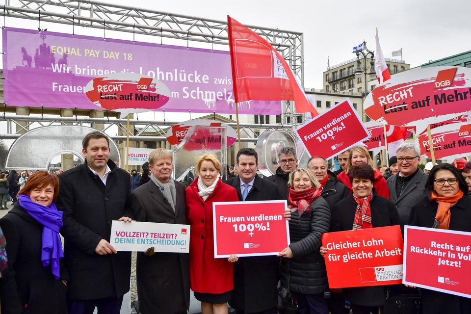 GERMANY-LABOUR-WAGE-GENDER