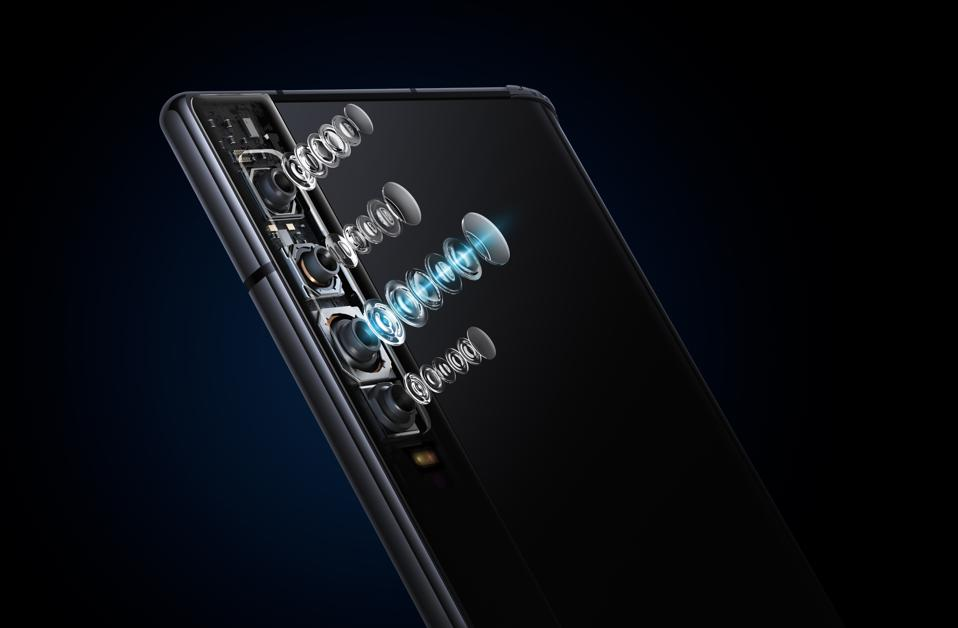 The Royole FlexPai challenges Samsung and Huawei on price.