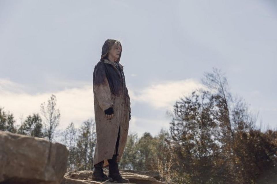 Carol Walking Dead Season 10 Finale