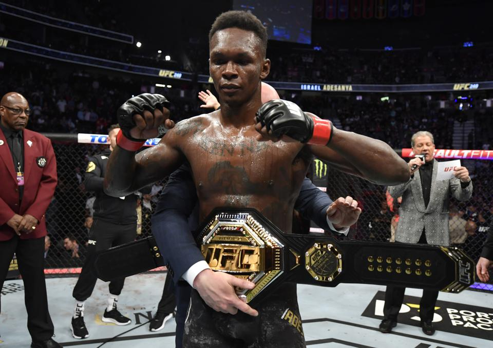 Israel Adesanya faces Paulo Costa in the main event of tonight's UFC 253 pay-per-view card