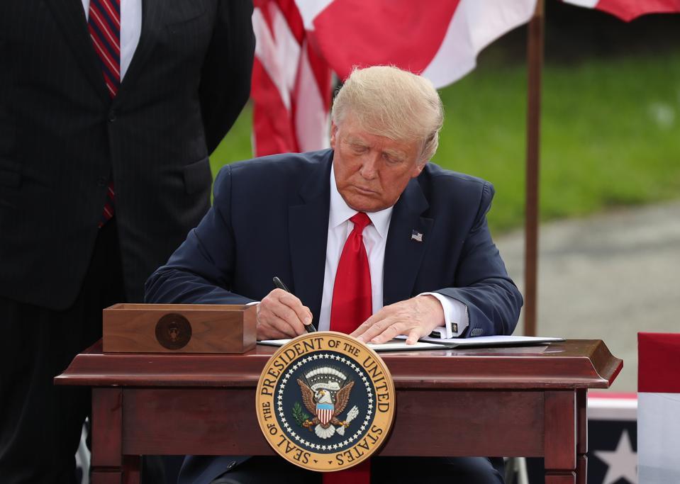 President Trump Delivers Remarks At Jupiter, FL Lighthouse
