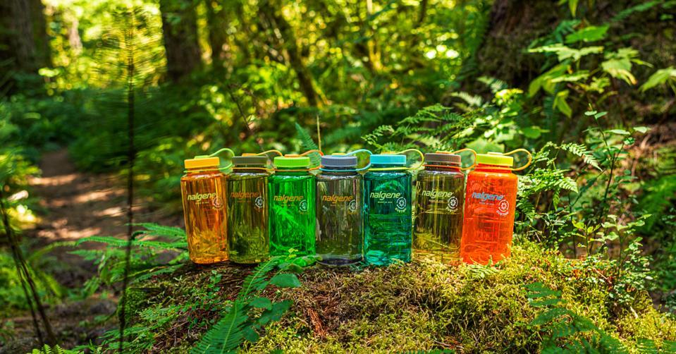 The new Nalgene SUSTAIN range in colours inspired by nature.