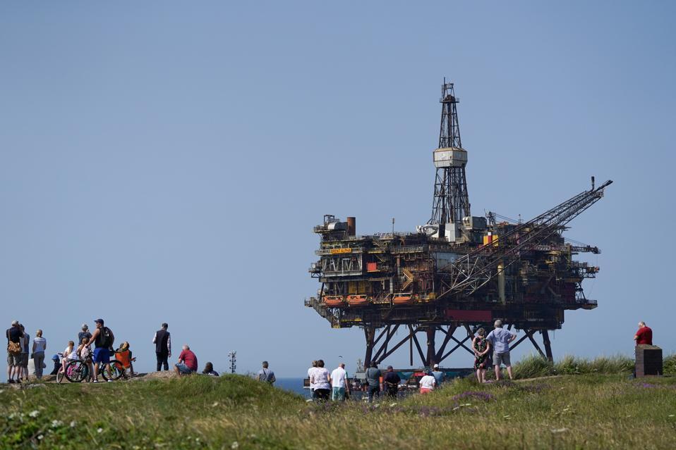Decommissioned Brent Alpha Oil Platform Arrives In Teesside