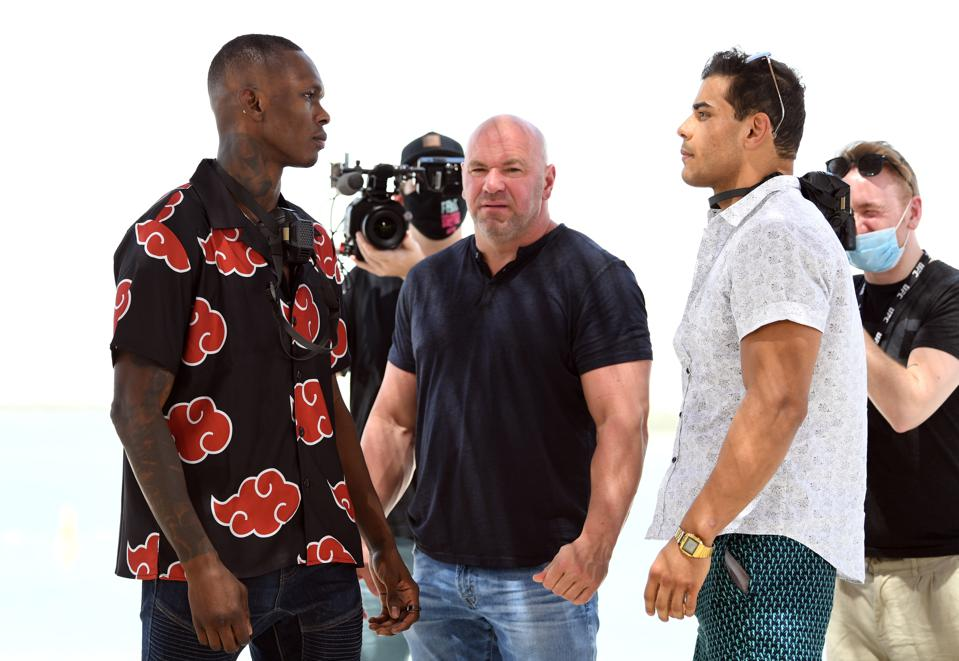 Israel Adesanya faces Paulo Costa in the main event of Saturday's UFC 253 fight card.