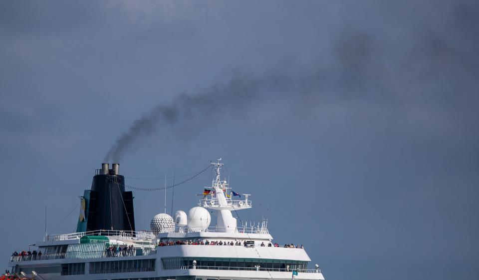 Exhaust fumes from cruise ships