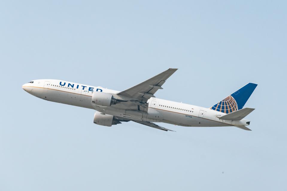 Los Angeles United COVID-19 pandemic testing quarantine coronavirus travel airlines