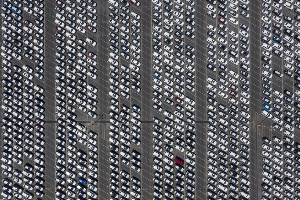 Aerial photo of hundreds of new cars in Long Beach, Calif.