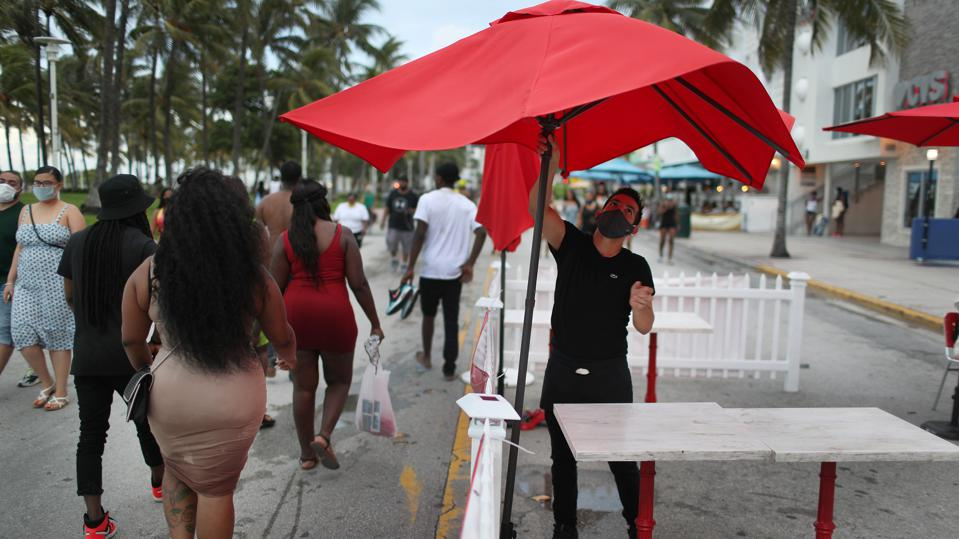 Curfew Issued For Miami Beach Entertainment District Amid Surge Of COVID-19 Cases