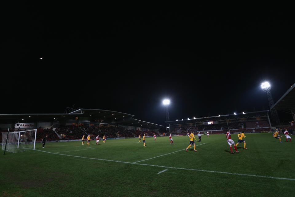 Wrexham AFC v Oxford United - FA Cup Second Round