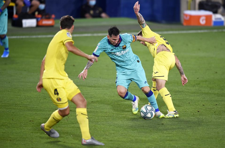 Fc Barcelona Versus Villarreal Preview Team News And Starting Lineup