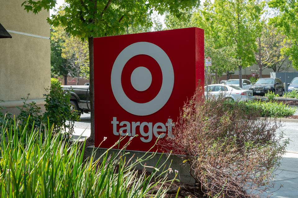 A Dozen Cousins, a food company that makes ready-to-eat meals, launches in Target on the West Coast today.