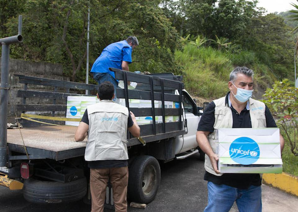A UNICEF team delivers lights and reflectors for installation inside and outside a water treatment plant in Táchira, Venezuela on June 30, 2020.