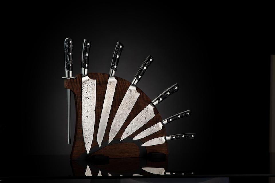William Henry Knife Set