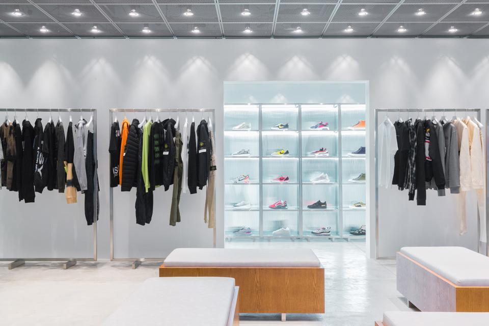After several partnered pop-ups, e-commerce site HBX has finally set up shop in Hong Kong.