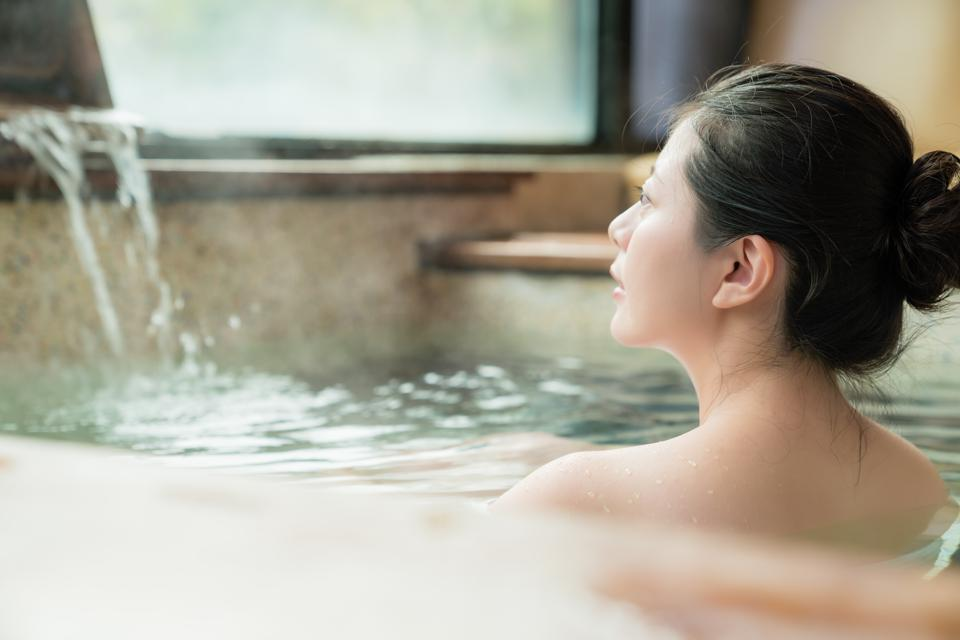 Spend 15-20 minutes in your home onsen bath.