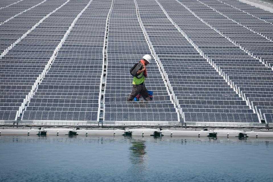 FRANCE-ENERGY-SOLAR-PHOTOVOLTAICS-ENVIRONMENT