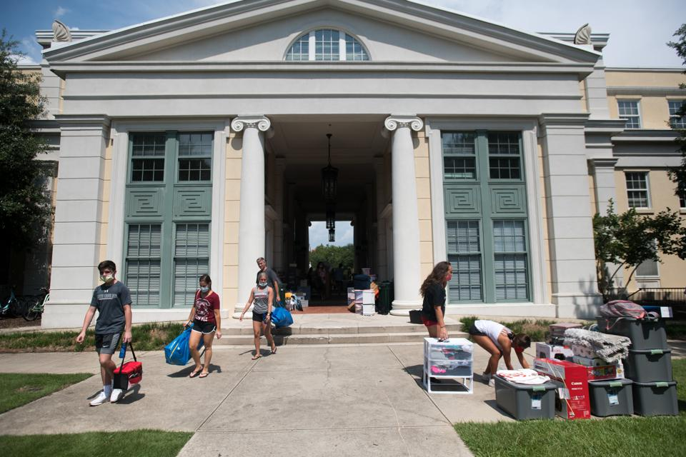 University Of South Carolina Students Begin To Move Back To Campus