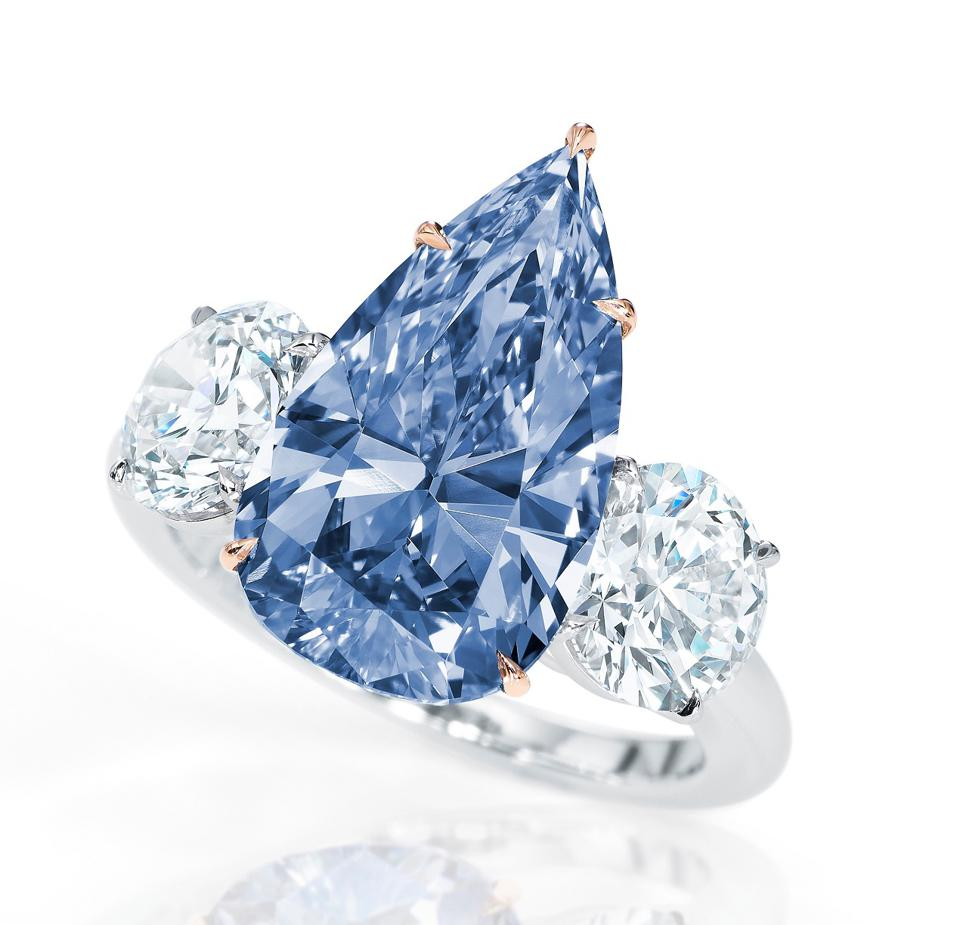 4.84-carat fancy vivid blue IF diamond was withdrawn from Sotheby's Hong Kong auction