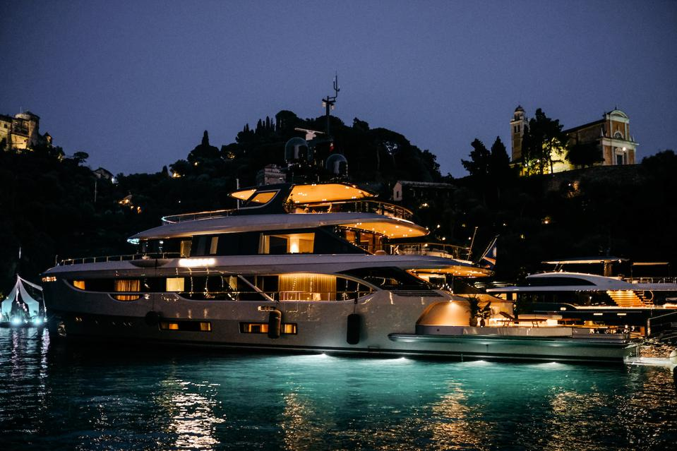 The Benetti Oasis 40M lights up the night in Portofino recently.