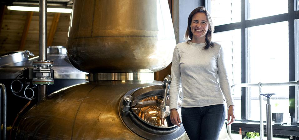 Annabel Thomas Nc'nean Scotch whisky women sexism