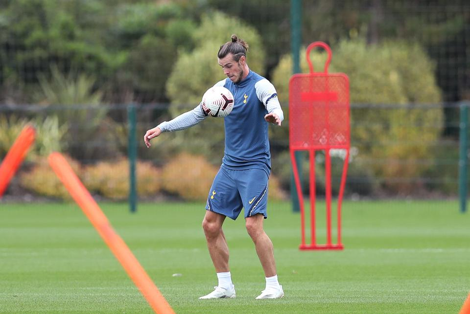 Gareth Bale trains at Tottenham Hotspur