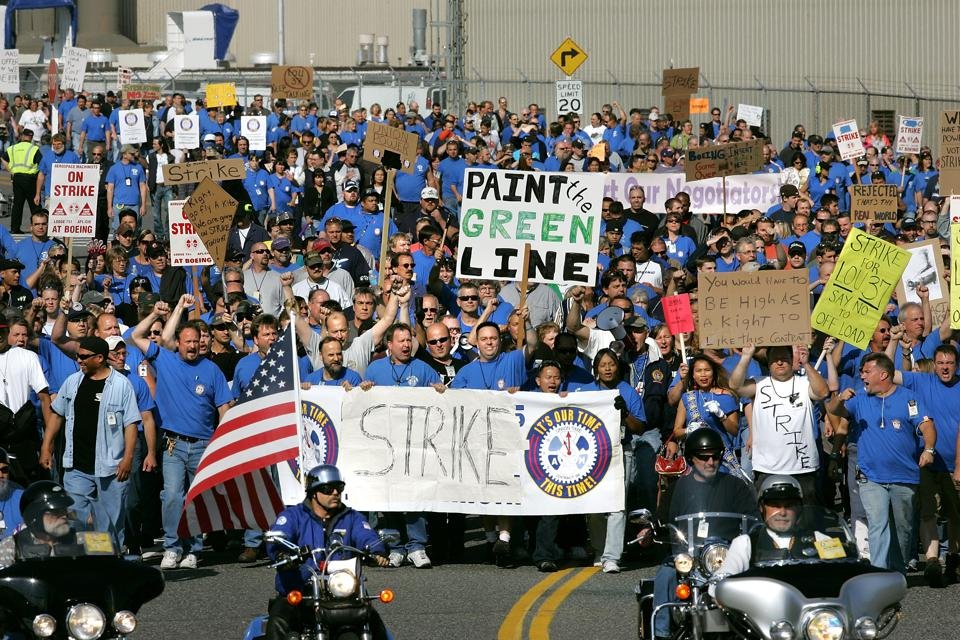 Boeing Machinists, Threatening Strike, Vote On Contract Proposal