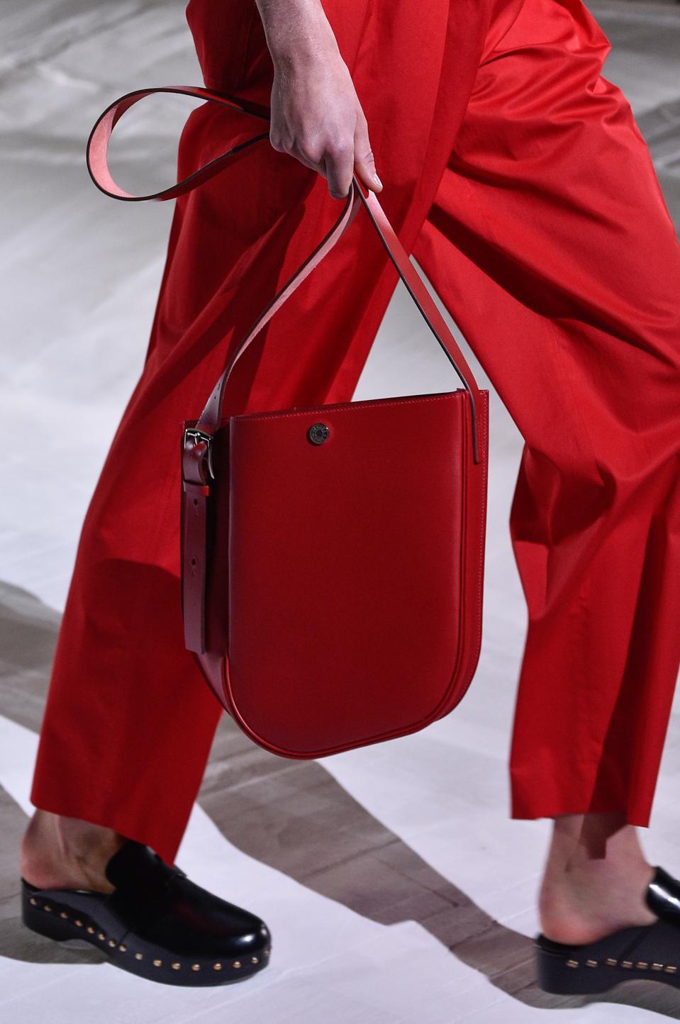 Hermes : Runway - Paris Fashion Week - Womenswear Spring Summer 2021