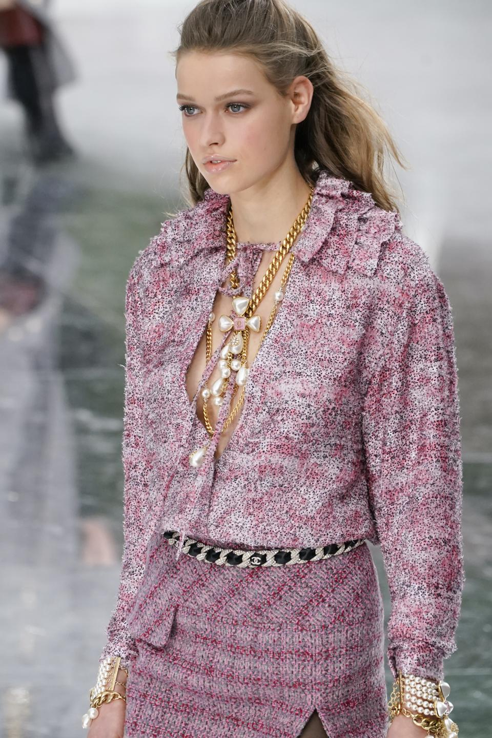 Chanel : Runway - Paris Fashion Week Womenswear Fall/Winter 2020/2021