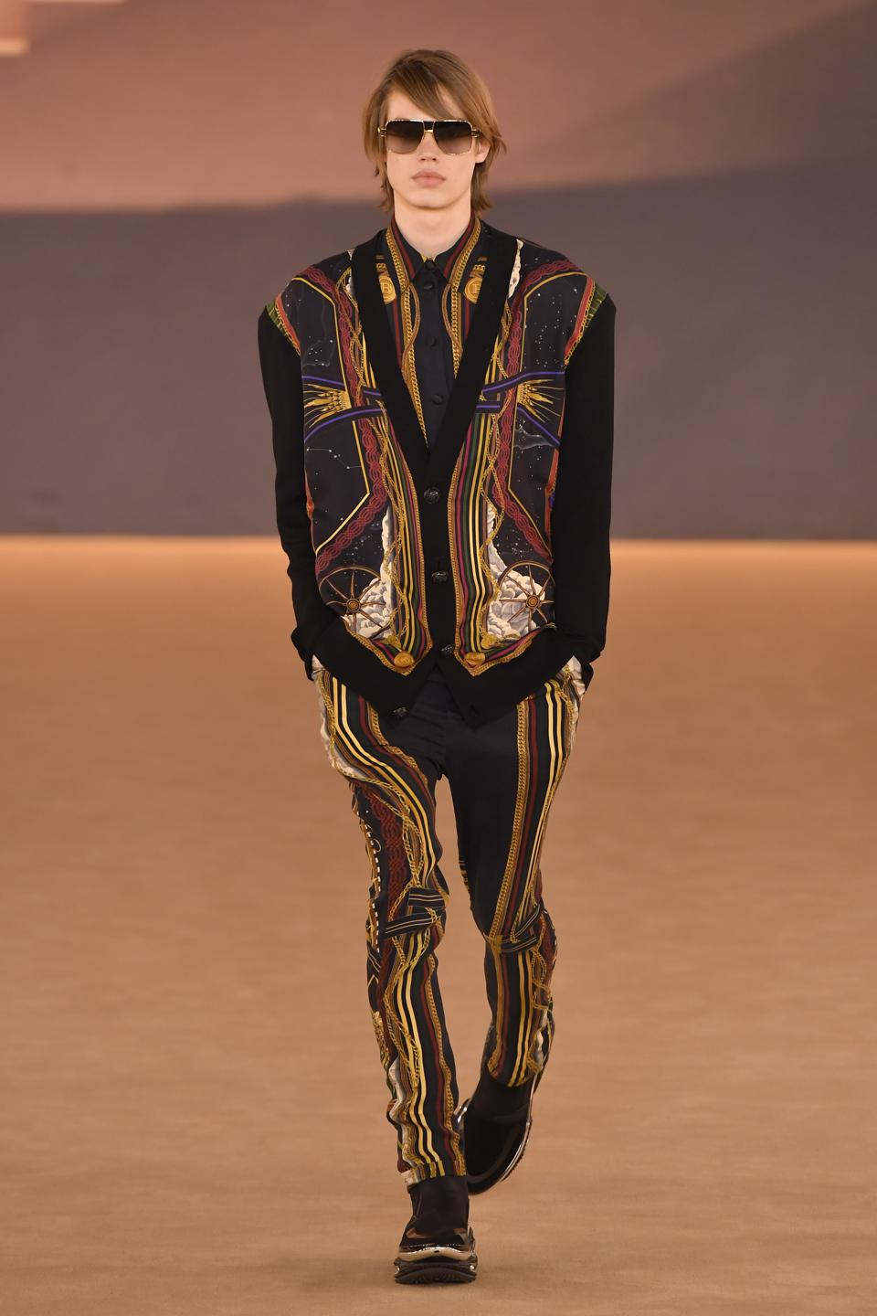 Balmain : Runway - Paris Fashion Week - Menswear F/W 2020-2021